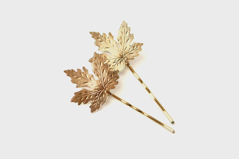 maple leaf hair pin
